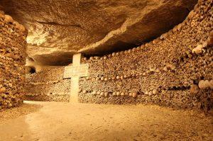 activité insolite paris catacombes