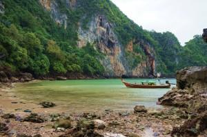 Amazing hidden beach near the Emerald Cave