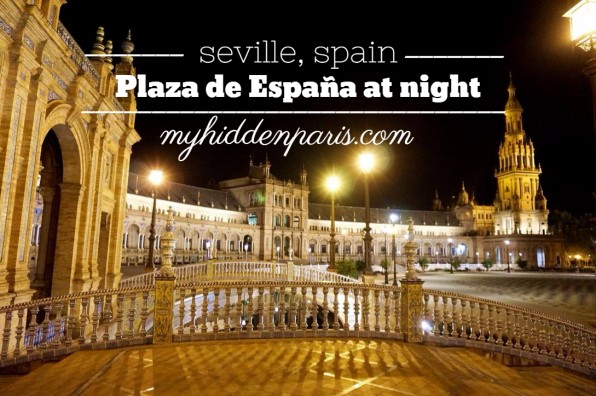 Plaza de España at night